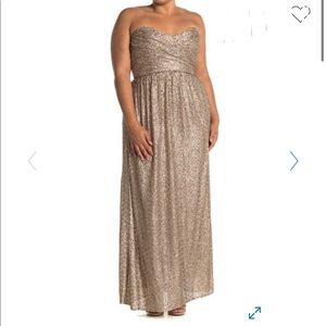 🎉HP NWT AMSALE Sweetheart Strapless Sequin Gown